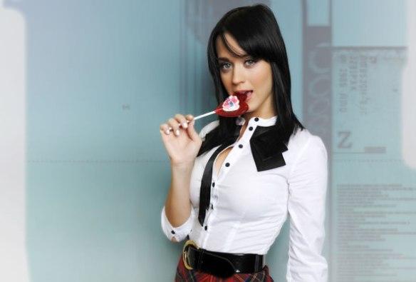 katy_perry_lollipop_oral