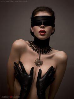 blindfold_01