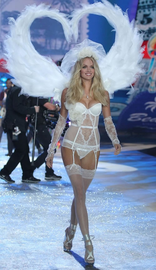 Lindsay Ellingson victorias secret fashion show